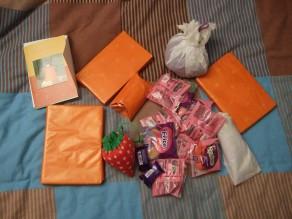 Tous les cadeaux!! Je n'en finissais pas de vider la boîte!