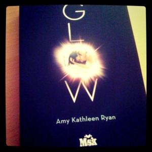 [Photo] Glow 1